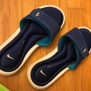 how to clean nike foam slides